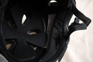 子供用ヘルメットとして買ったバーンニノの内側