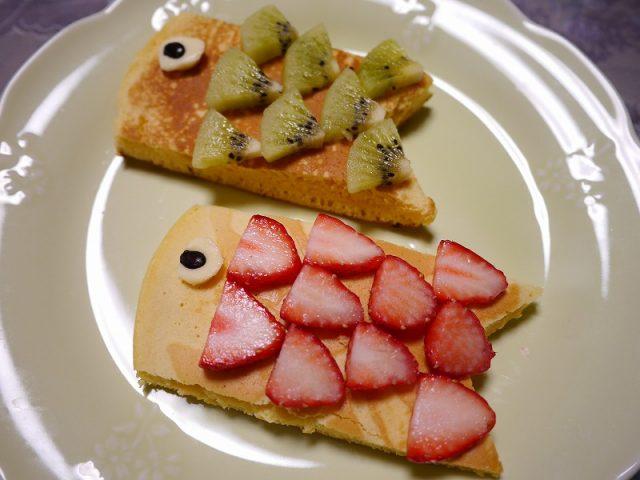 ホットケーキで鯉のぼりスイーツの作り方